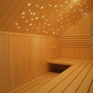 sauna-wnętrze-gwiezdne niebo